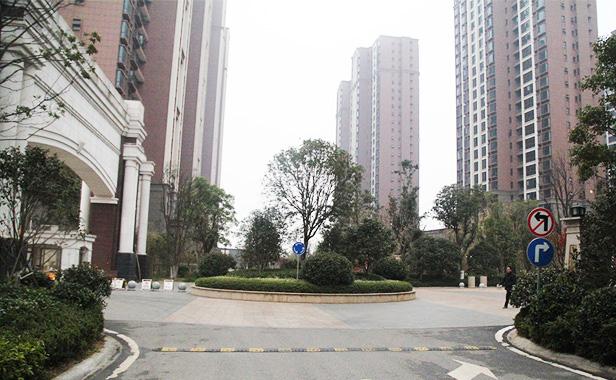 汇仁阳光花园四房二厅出租 -南昌市南昌县汇仁大道1号 昌南客运站旁