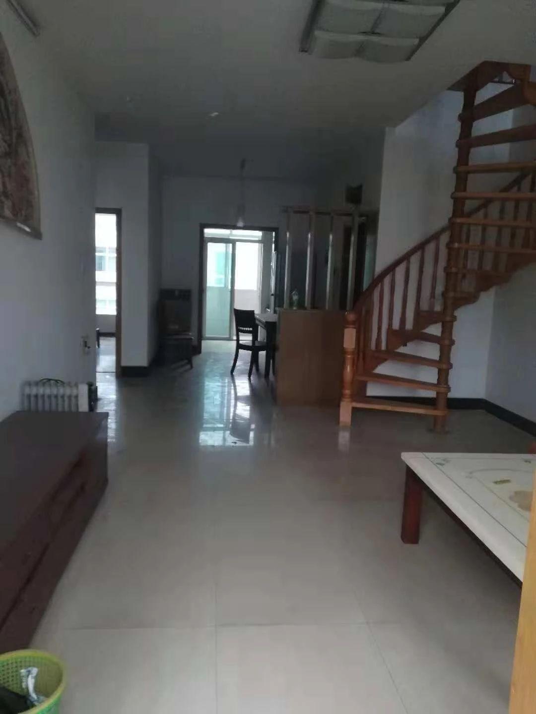 东湖区文教路口南京西路552号3室1厅57平米9