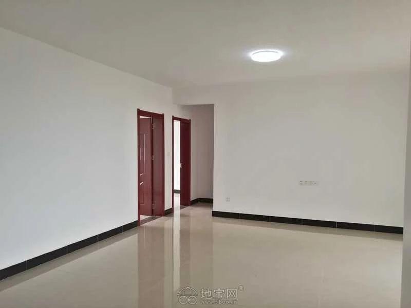 新建区红谷世界城(长堎大道999号)3室2厅10_7